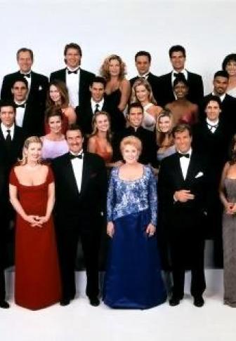 Les Feux De L'amour Personnages : l'amour, personnages, L'Amour, Saison, Nouveau, Personnage, Vient, Semer, Zizanie, Genoa, Premiere.fr