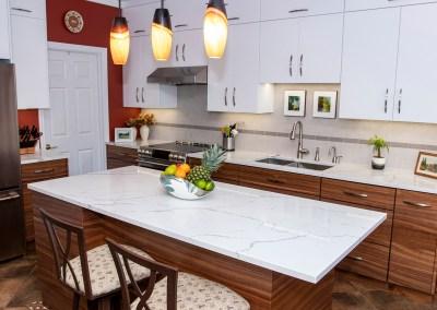 Calacatta Laza Quartz Kitchen Countertops