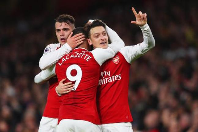 Image result for 17/18 ozil liverpool