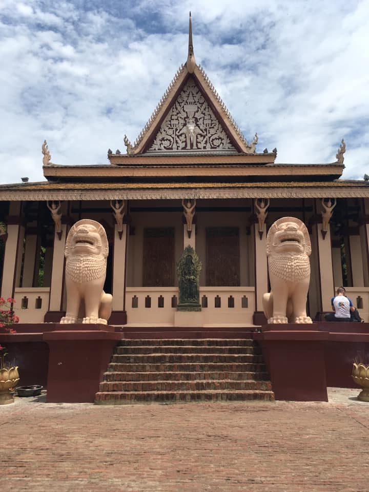 Lion statues on a temple - Sweden to Cambodia: Meet Anton Hedlund