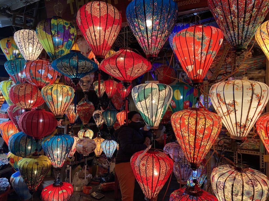 Exploring Hoi Teaching English Vietnam
