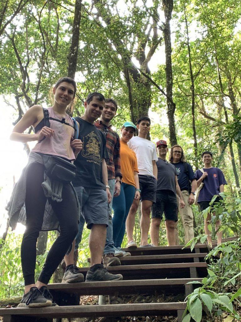 Make friends Thailand
