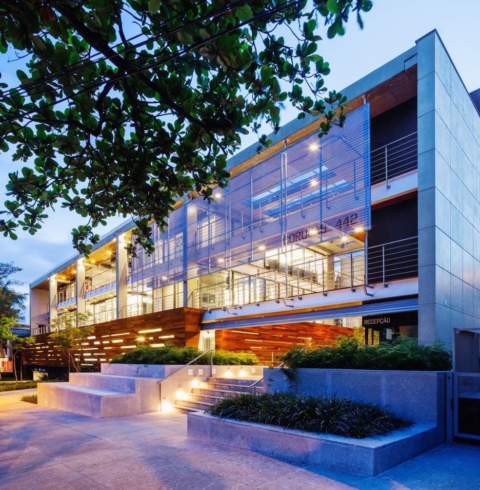 Edifício Corujas I Arquiteto Responsável: Lourenço Gimenes