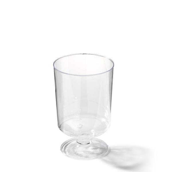 Wijnglas van plastic op voet