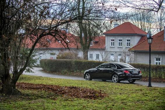 Mercedes-klasy-E-220dl-AMG-W213-2