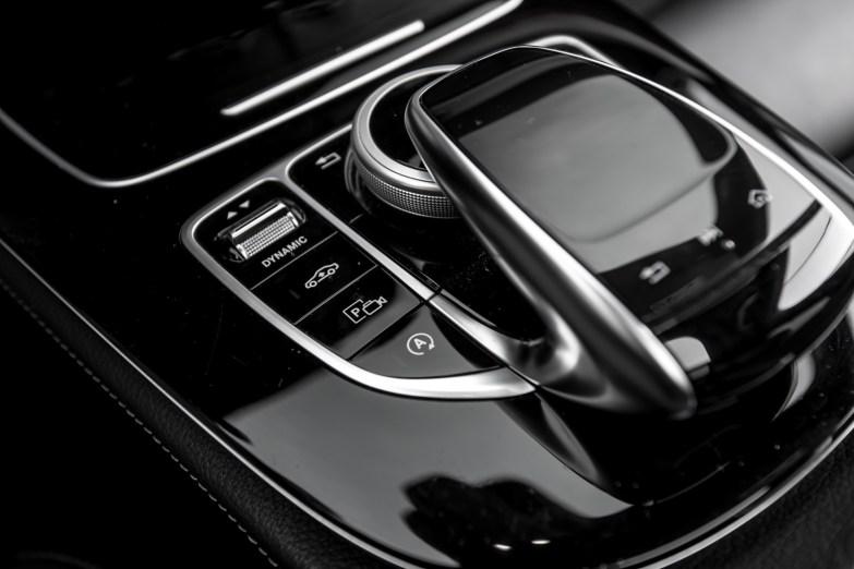 Mercedes-klasy-E-AMG-W213-wnetrze