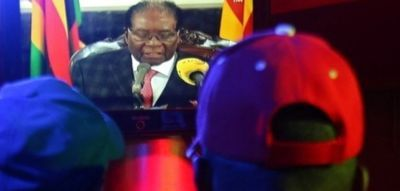 Zimbabwe's Robert Mugabe vows to stay on despite party pressure
