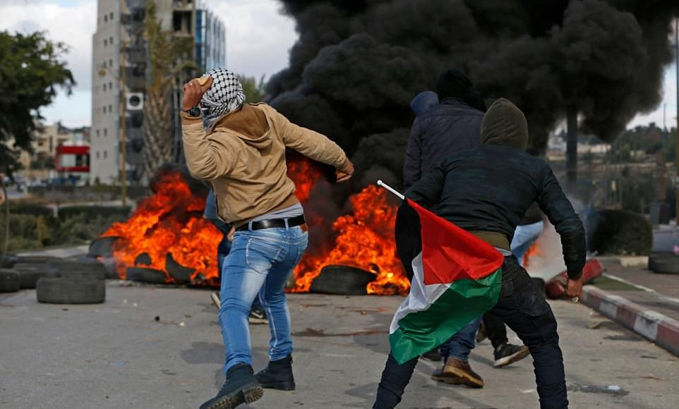 Violent protests in West Bank after Trump recognizes Jerusalem as the capital of Israel