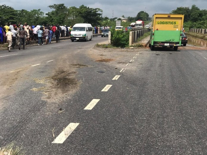 Many feared dead as commercial bus plunges into river in Edo (photos/video)