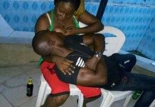 Lover caught sucking girlfriend's breast while at bar in Benue (photo)