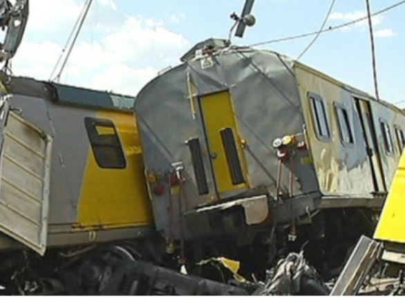 Rush hour train collision in South Africa leaves 32 people injured