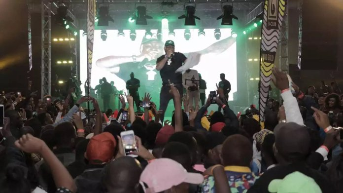 Davido drags girlfriend Chioma on stage in Nairobi to quell breakup rumours