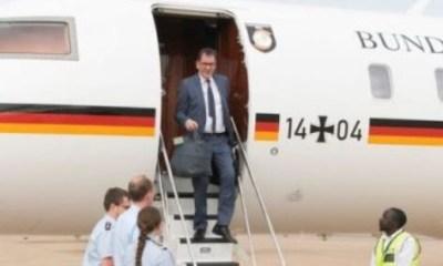 Gerd Mueller stranded in Zambia after plane breaks down
