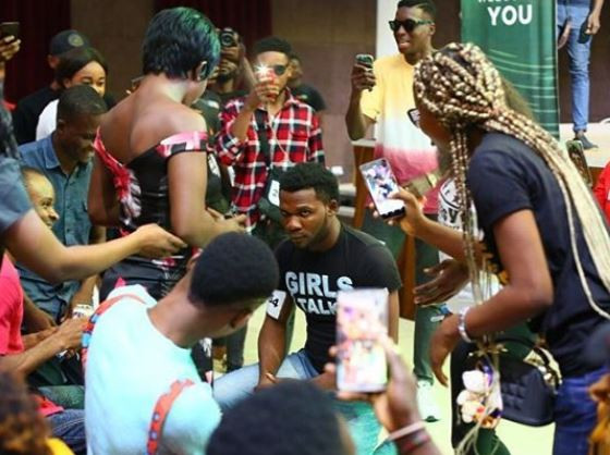 BBNaija contestant proposes to his girlfriend at the Lagos audition venue (photos)