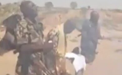 Video of Nigerian soldiers in the war front worshiping God