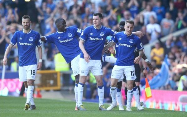 Manchester Utd suffer defeat at Everton as top four hopes take major hit