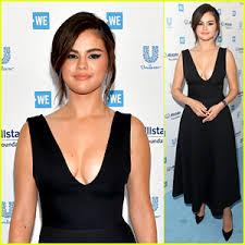 Selena Gomez flaunts cleavage