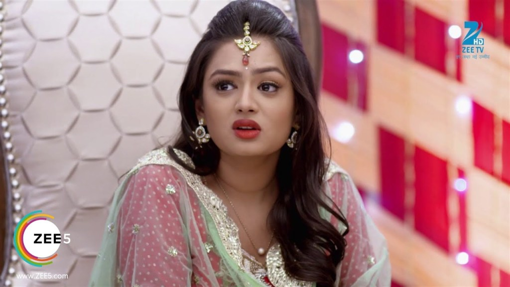 Mehek 28 June 2019 Update - Zee WorldShaurya lovingly looks at her and says say you love me once, she says no, he says please say it