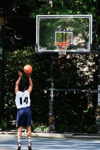 Top Massachusetts sports opportunities offer programs in basketball as well