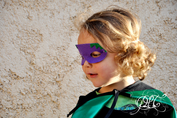 Prendre le temps - Couture - Costume de Super-héros - Végétal - Aubergine