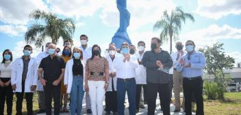 Rinde Río Bravo homenaje a médicos en su día.