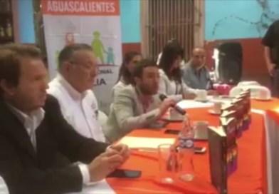 Escandalosa conferencia de prensa de Nicolás Márquez y Agustín Laje en México