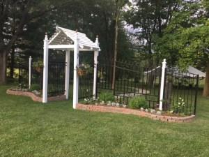 Farmington Lake floral welcome gate