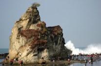 Pantai-Tanjung-Layar-3