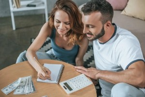 Family Budgeting - Cash Envelopes vs Digital Budgeting