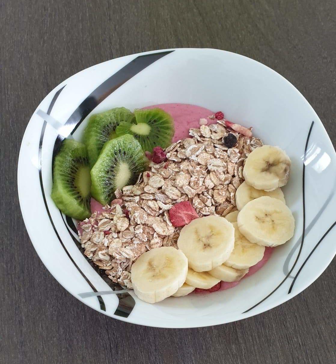 Recette de smoothie bowl facile et idéale pour le petit déjeuner