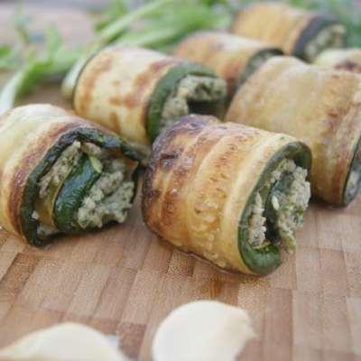 Cashew Garlic Zucchini Pinwheels