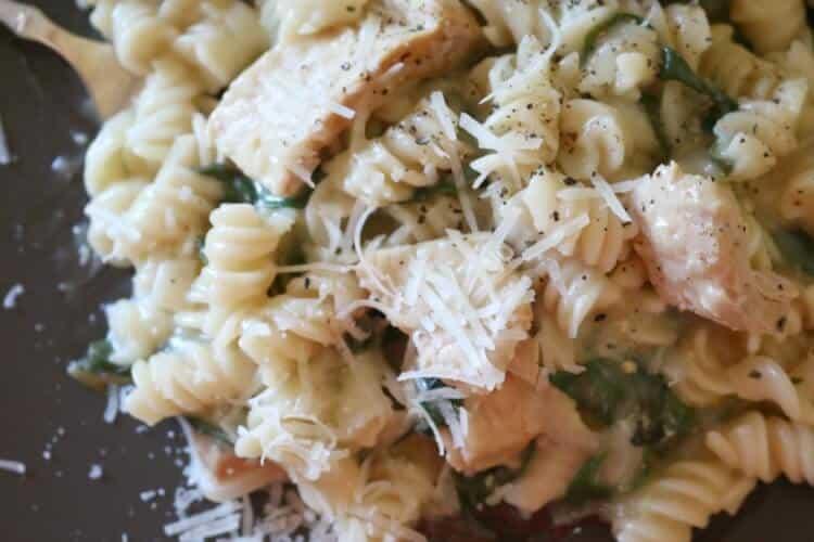 One Pot Creamy Greens & Tuna Pasta (Gluten Free)