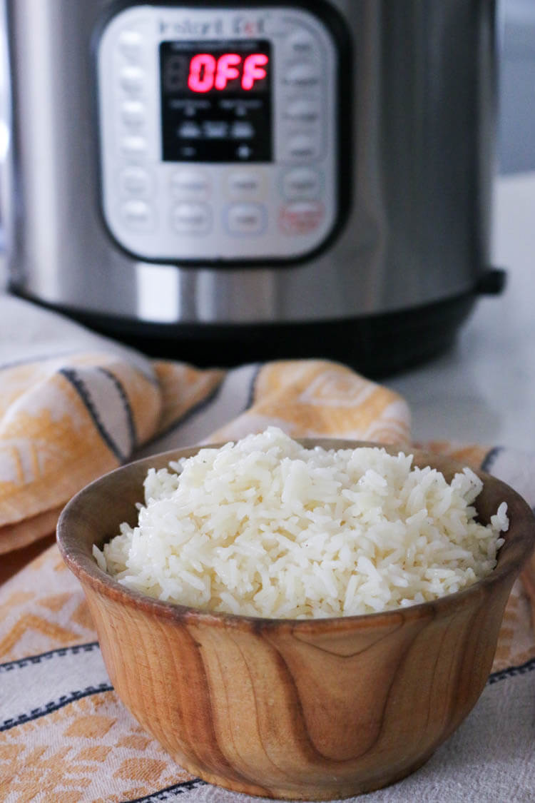 How to make white rice in a pressure cooker