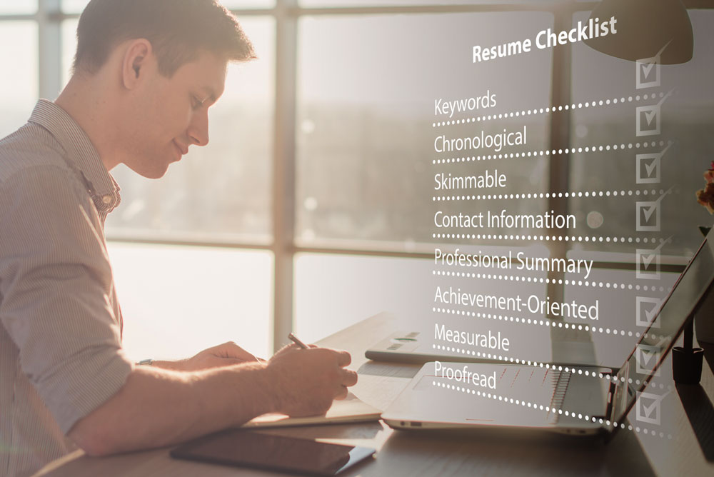 how to write a resume summary that gets interviews