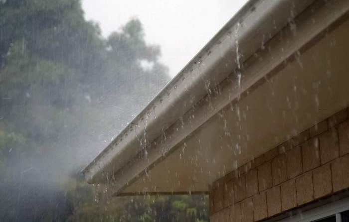 hurricane preparedness gutters