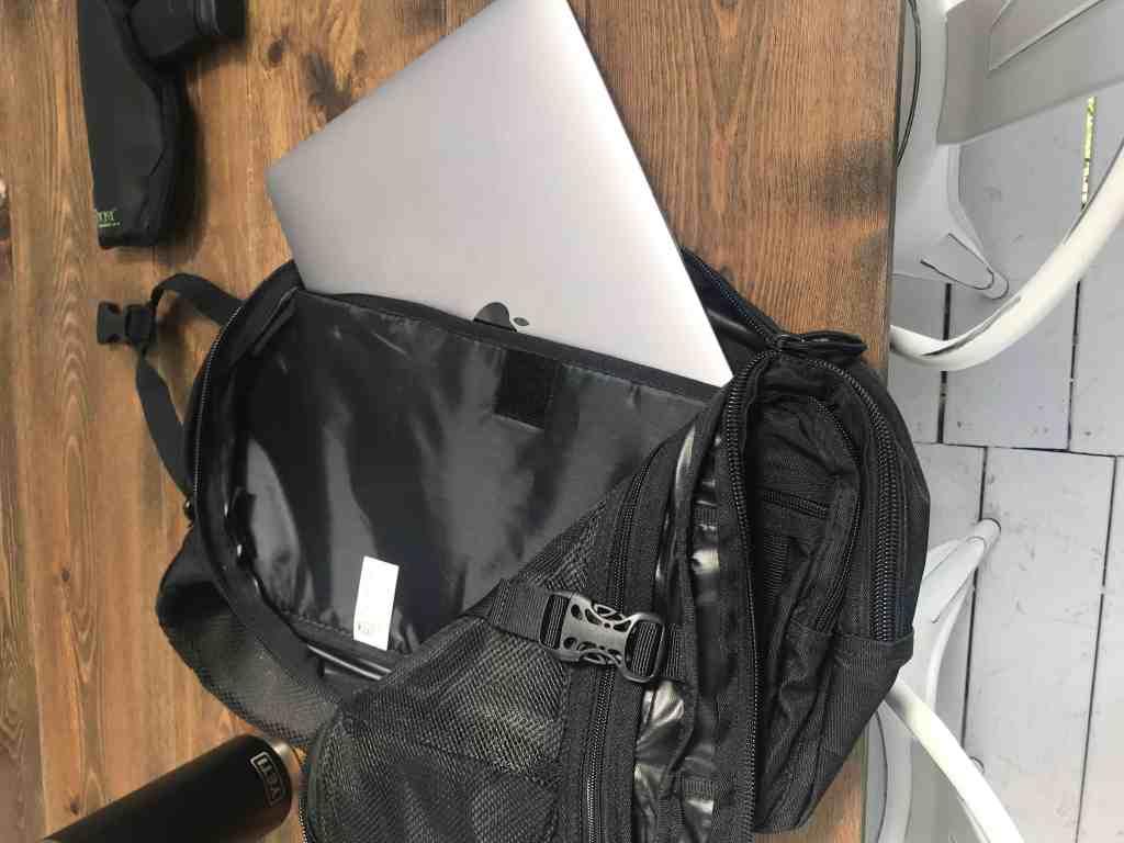 OUTLAW II GEAR SLINGER PACK laptop