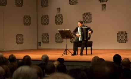 Maestro i harmonika