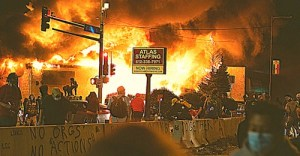 "A Terrifying Eye-Witness Account of the Kenosha Riots: ""Everyone in the city was getting ready for a war."""