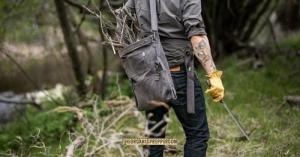 Essential Items You Need to Build a Forager's Toolkit