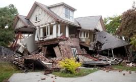 survive earthquake