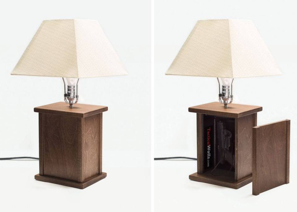 Hide your guns - table lamp