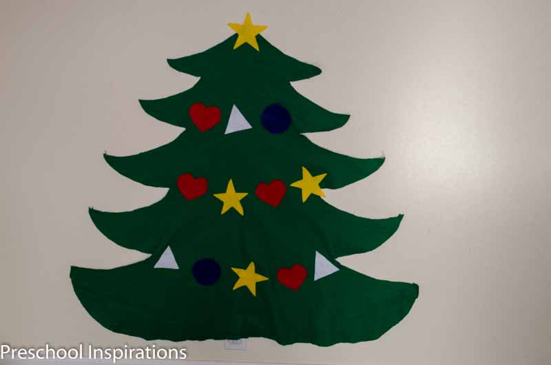 Felt Christmas Tree with a Twist  by Preschool Inspirations-3