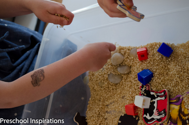 The Importance of Sensory Play ~ Preschool Inspirations-6