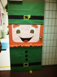 St. Patrick's Day door decoration idea for preschoolers