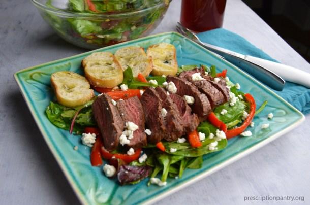 steak salad feta bell pepper bread