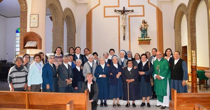 Ofrecen misa por su fundador,  pilar de esta diócesis