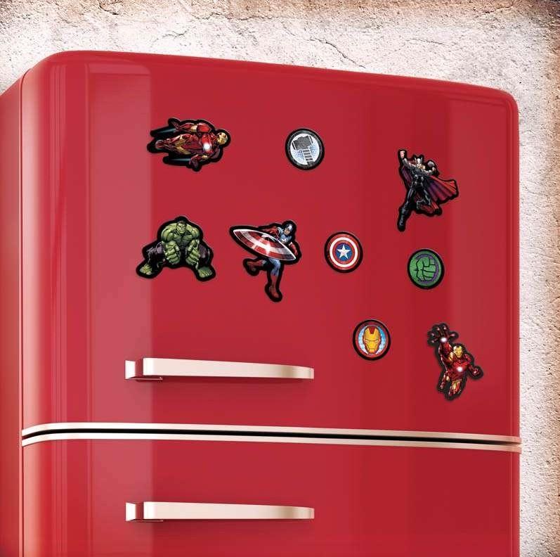 Imanes de superhéroes en nevera