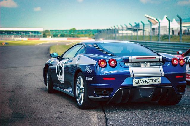 Ferrari och Lamborghini upplevelse Image