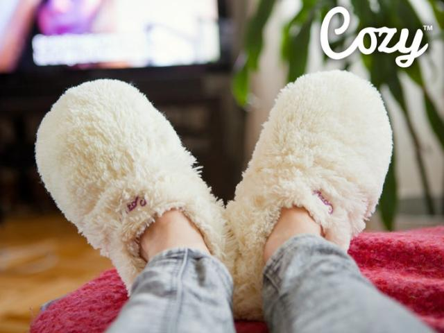 Cozy Slippers Värmetofflor Image