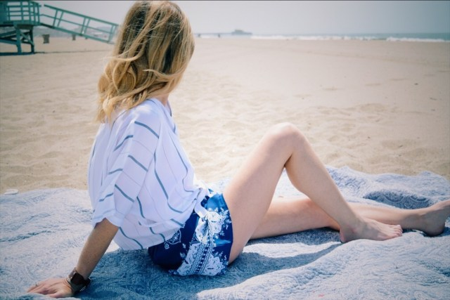 blue-white-summer-outfit